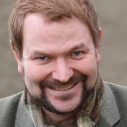 Dr Benjamin  Schraven