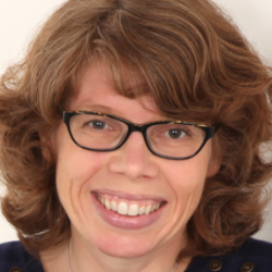 Dr Leonie  Ansems de Vries