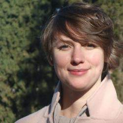 Dr Liz  Maber