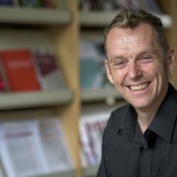 Dr Martin  Johnson